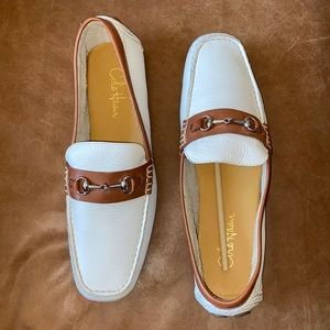 NWOT Cole Haan White / Tan Driving Loafers - 11